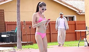 Exxxtrasmall - merry spinner receives screwed by swimming tutor