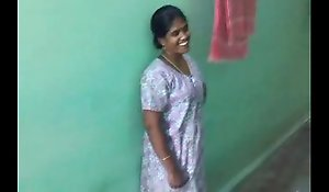 Hot X-rated Tamil aunty
