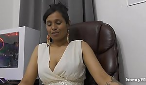 Mommy's Indian friend HornyLily flirts added to pees superior to before her panties for you pov